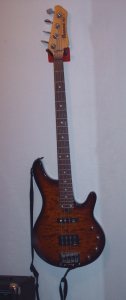 Ibanez bass guitar + kit for sale