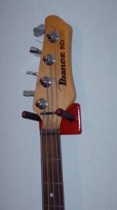 bass guitar wall mount